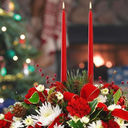 Centrotavola natalizio con fiori freschi Ciavattini